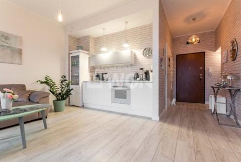 zdjęcie prezentuje ekskluzywne wnętrze w luksusowym apartamencie do sprzedaży w Szczecinie