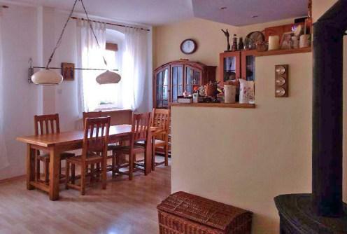 na zdjęciu luksusowe wnętrze ekskluzywnego apartamentu do sprzedaży w Chorzowie