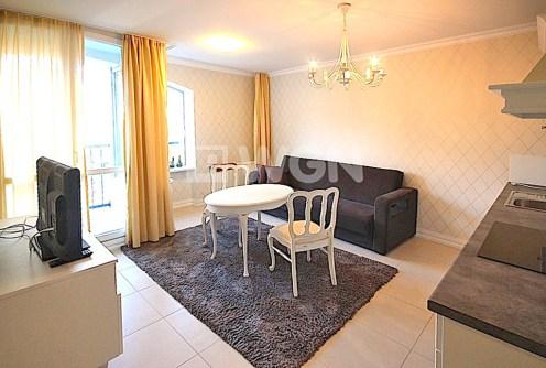na zdjęciu salon w luksusowym apartamencie do wynajęcia w Szczecinie