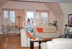 zdjęcie prezentuje fragment salonu w komfortowym apartamencie w Szczecinie na wynajem