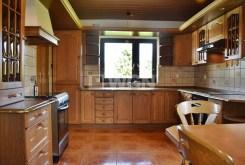 komfortowo urządzona i umeblowana kuchnia w willi do wynajmu w okolicy Jeleniej Góry