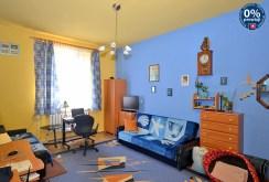 na zdjęciu pokój dziecięcy w ekskluzywnym apartamencie do sprzedaży w Radomiu