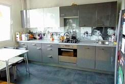 nowoczesna i komfortowa kuchnia w luksusowym apartamencie do wynajęcia w Katowicach