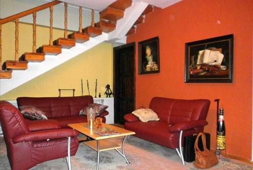 na zdjęciu luksusowe wnętrze ekskluzywnej willi do sprzedaży w Częstochowie
