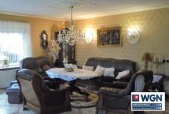 komfortowy i stylowy salon w ekskluzywnej willi w Rawiczu na sprzedaż