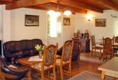 wnętrze salonu w luksusowej willi w Gdańsku na sprzedaż