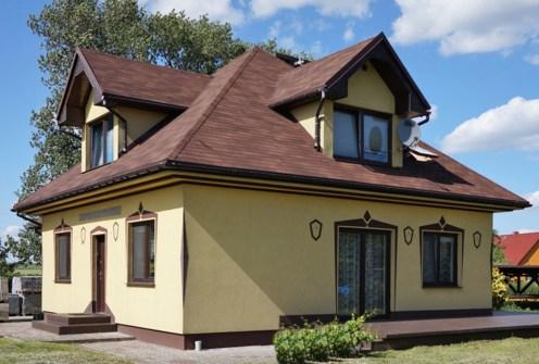 na zdjęciu luksusowa willa do sprzedaży w okolicach Głogowa