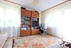 widok z innej perspektywy na luksusowy salon w ekskluzywnym apartamencie w Szczecinie na sprzedaż