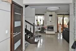 luksusowe wnętrze salonu w ekskluzywnej willi do sprzedaży w Kwidzynie