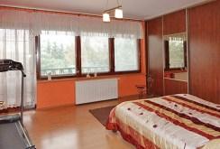zaciszna, elegancka sypialnia w luksusowej willi w okolicach Grudziądza na sprzedaż