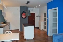 zdjęcie prezentuje fragment komfortowego wnętrza luksusowego apartamentu w Łodzi na sprzedaż