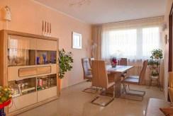 fragment komfortowego salonu w luksusowym apartamencie do sprzedaży w Katowicach