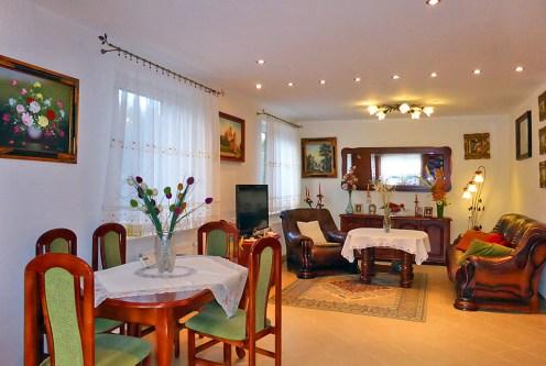 salon w stylu klasycznym w ekskluzywnej willi do sprzedaży w Kwidzynie