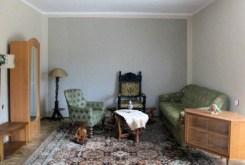 na zdjęciu luksusowy salon w ekskluzywnej willi w Krakowie na wynajem