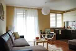 widok na salon w luksusowym apartamencie w okolicach Katowic na sprzedaż