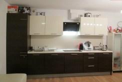 nowoczesna, komfortowa kuchnia w luksusowym apartamencie w okolicy Ostrowa Wielkopolskiego na sprzedaż
