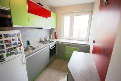 zabudowana kuchnia w luksusowym apartamencie w Szczecinie na wynajem