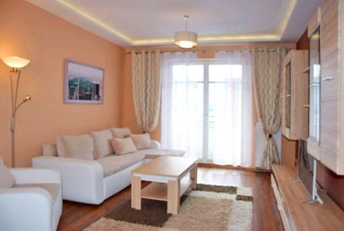 luksusowy salon w ekskluzywnym apartamencie do wynajęcia w Słupsku