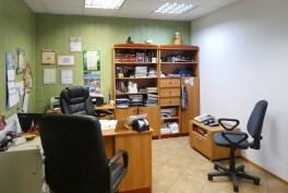 komfortowy gabinet w ekskluzywnej willi do sprzedaży na Mazurach