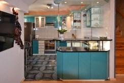 wyposażona i umeblowana kuchnia w ekskluzywnym apartamencie w Białymstoku na sprzedaż