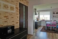 widok na komfortowe wnętrze ekskluzywnego apartamentu do sprzedaży w Szczecinie