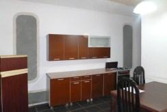 umeblowana częściowo kuchnia w luksusowym apartamencie do wynajmu w okolicach Kępna