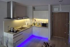 nowoczesna kuchnia w luksusowym apartamencie do wynajmu w Szczecinie