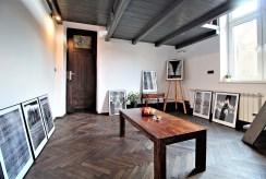 widok na pracownię w luksusowym apartamencie do wynajmu w Krakowie