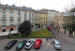 widok z okien luksusowego apartamentu w Krakowie na wynajem