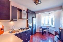 komfortowa kuchnia w ekskluzywnym apartamencie Piła na sprzedaż