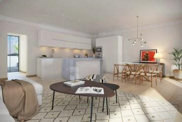 na pierwszym planie jadalnia w oddali aneks kuchenny w luksusowym apartamencie do sprzedaży Hiszpania (Fuengirola, Malaga, Costa del Sol)