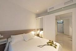 elegancka, prywatna sypialnia w luksusowym apartamencie na sprzedaż Hiszpania (Costa Blanca, Orihuela Costa)