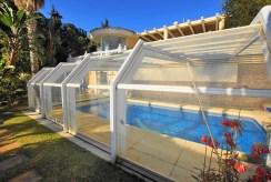 imponujących rozmiarów basen przy luksusowej willi do sprzedaży Hiszpania (Costa del Sol, Benalmadena, Fuengirola)