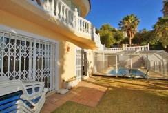 komfortowy taras przy ekskluzywnej willi do sprzedaży Hiszpania (Costa del Sol, Benalmadena, Fuengirola)