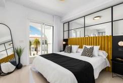 zaciszna sypialnia w ekskluzywnej willi do sprzedaży Hiszpania (Ciudad Quesad)
