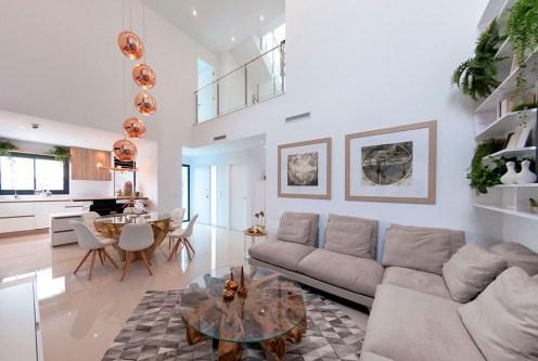 nowoczesny salon w ekskluzywnej willi do sprzedaży Hiszpania (Ciudad Quesad)