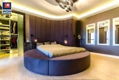 elegancka i designerska sypialnia w luksusowym apartamencie do sprzedaży Gdańsk