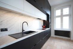 nowoczesna kuchnia w zabudowie w ekskluzywnym apartamencie do sprzedaży Szczecin