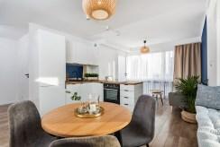 widok od strony jadalni na luksusowy apartamencie na sprzedaż Kraków