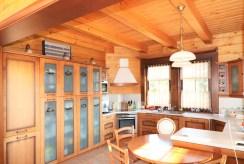 zabudowana kuchnia w luksusowej willi na sprzedaż Ustroń