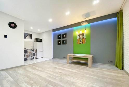 przestronne wnętrze ekskluzywnego apartamentu do wynajęcia Gliwice (okolice)