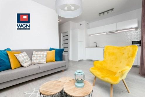 zaprojektowany w nowoczesnym stylu salon w luksusowym apartamencie do sprzedaży Gdańsk