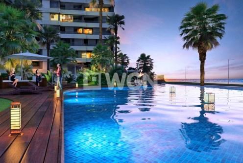 przepiękny basen przy ekskluzywnym apartamencie do sprzedaży Hiszpania