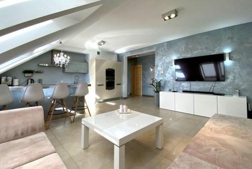 ekskluzywny pokój dzienny w luksusowym apartamencie do sprzedaży Szczecin