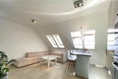 przestronne wnętrze luksusowego apartamentu na sprzedaż Szczecin