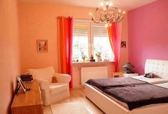 zaciszna sypialnia w ekskluzywnej willi do sprzedazy Szczecina