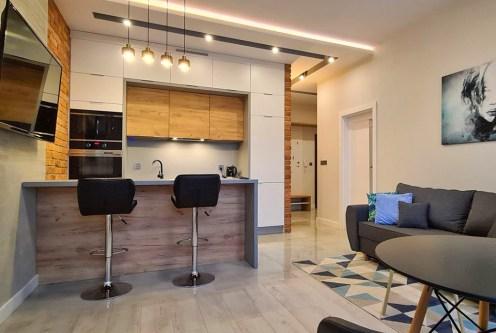 zaprojektowane zgodnie z najnowszymi trendami wnętrze luksusowego apartamentu do wynajmu Wieluń