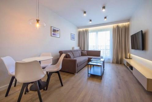 okazały pokój gościnny w luksusowym apartamencie do wynajmu Szczecin