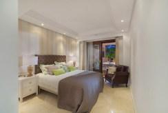 prywatna sypialnia w luksusowym apartamencie do sprzedaży Hiszpania