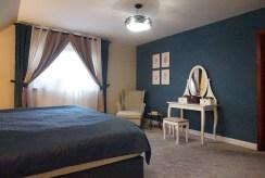 zaciszna sypialnia w luksusowej willi na sprzedaż Wrocław